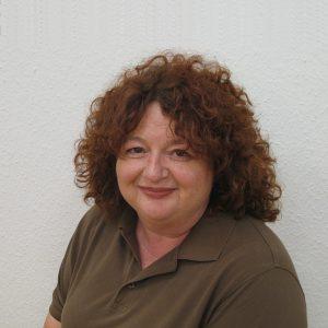 Frau Ulrike Kürzinger